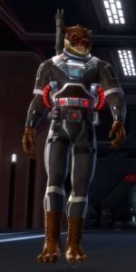 Qyzen Fess in pilot armor